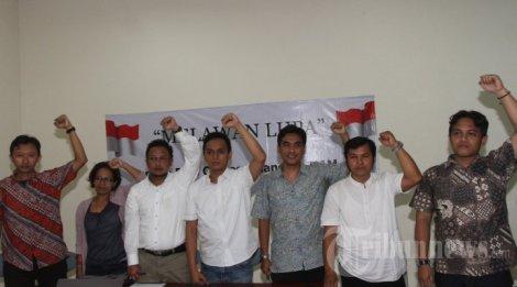 Konferensi pers gerakan melawan lupa, di YLBHI, Jakarta 25 April 2014.